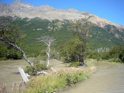 ¿Cuál es el rio y cuál es el camino?