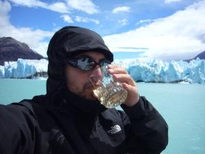 Capeando el frio en el Glaciar O'Higgins