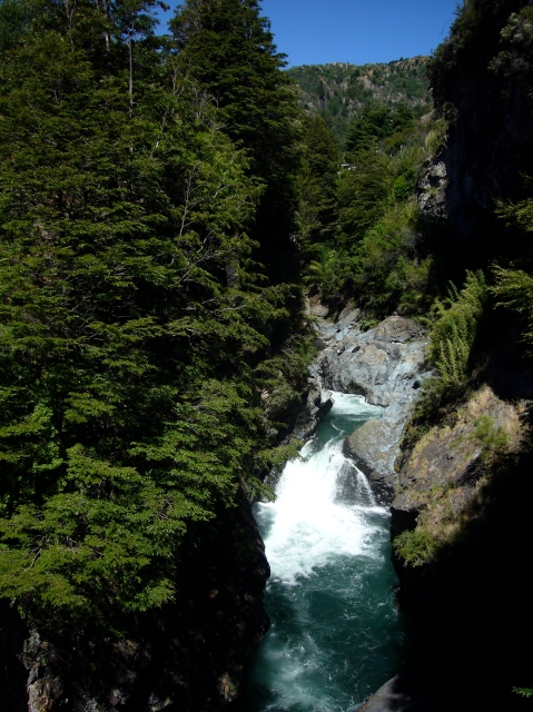 Cascada en Valle Mañihuales